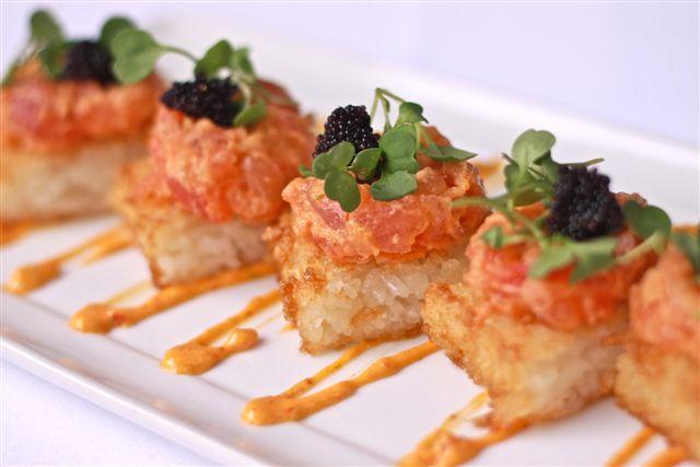 spicy tuna rolls | MeeshMe